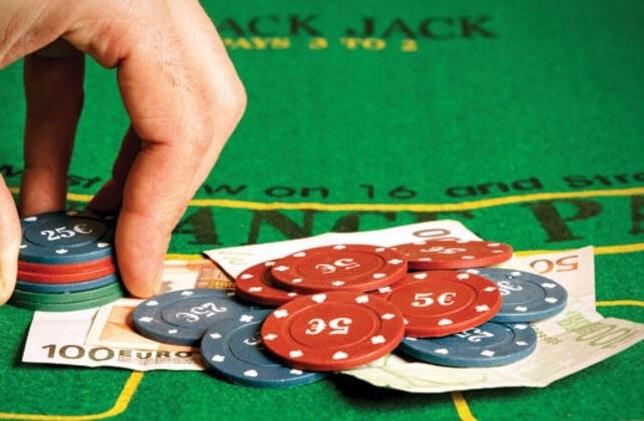 online parali poker nasil oynanir